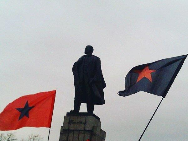 Ульяновск: Цветы для Ильича