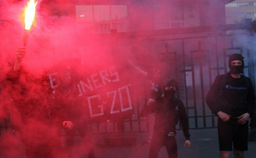 Москва: атака визового центра Германии
